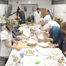 Unisénior – Universidade Sénior de Cerveira desenvolve workshops de cerâmica nas oficinas da FBAC