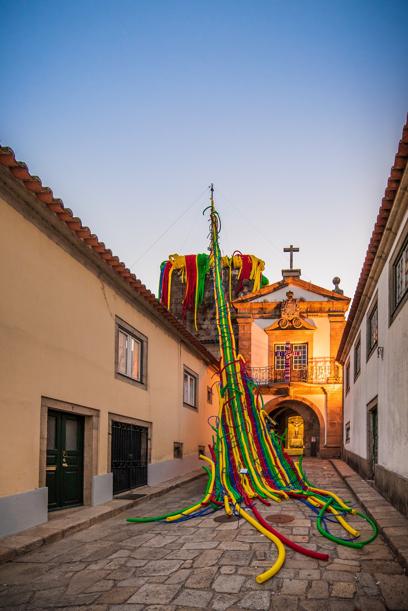 Intervenção de Acácio de Carvalho, Castelo de Cerveira, XX Bienal Internacional de Arte de Cerveira, 2018